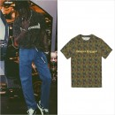ファッションアイコン「Travis Scott」着用、「Gosha Rubchinskiy」のカモフラTシャツ