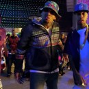 Chris BrownがLoyalのPVの中でJAMES LONGのパーカーを着用
